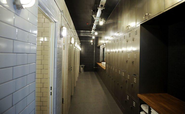 Metallivoimistelukaapit Design Uk London 1